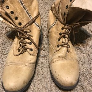 Tan boots size 10M